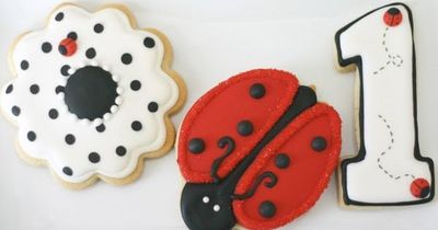 For minnie mouse...the flower cookie minus the ladybug!