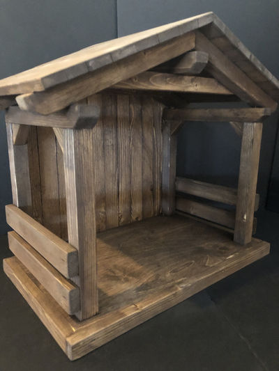 """New Mid size-tall 20""""wide x17""""tall x12""""deep, nativity stable /Creche Manger, primitive,,horse, country, holiday decor, christmas mangers $185.00"""