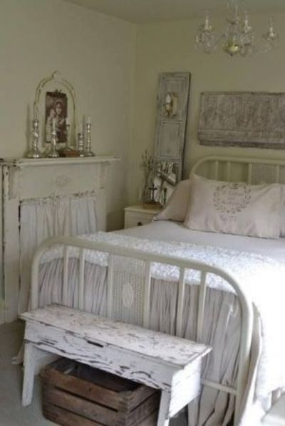 Shabby chic rustic french country decor for Rustic french bedroom
