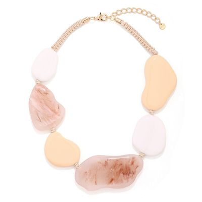 Buy this beautiful fashion chain for your next event from Yoko's Fashion, the leading fashion jewellery wholesaler in UK.