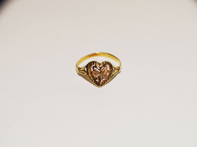 10k Rose/Yellow Gold Heart Ring size 4. $82.75