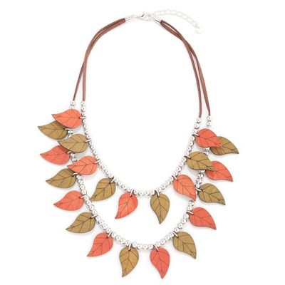 Colourful Leaves Neckalce Set  Buy this amazing beautiful leaves necklace from Yoko's fashion, the leading wholesaler of fashion jewellery in Manchester.