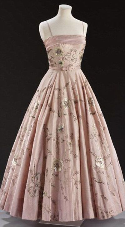 Sneak preview of the V&A's fashion exhibition Ballgowns: British Glamour Since 1950.