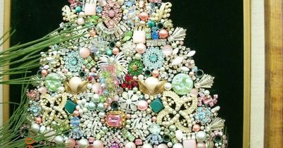 Jewelry Christmas Trees.Vintage Jewelry Christmas Tree Could Make With Grandmama