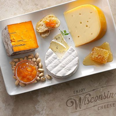 wisconsin cheese plate board recipe artisan cheese cheese pairing