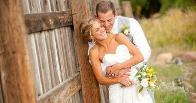 Wedding Photo Ideas- rustic/outside
