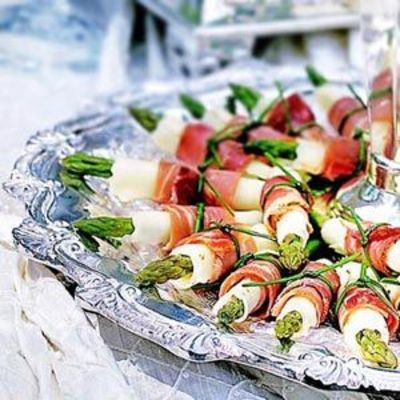 Serve These Fresh Wrapped Appetizers Filled Wit Asparagus