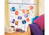 22 creative crafts for old CDs. In this digitally minded age our once high tech CDs are quickly becoming burdens to our closets and shelves, cars and in home entertainment cabinets.