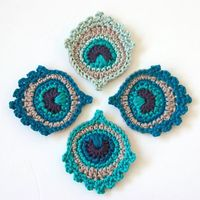 Crochet PATTERN Small Peacock Feather Motif by TheCurioCraftsRoom