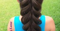 An absolutely amazing 5 Strand Braid by Kerry Lane! Watch the video tutorial!   The HairCut Web!