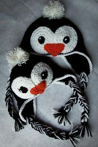 Penguin! :) idea- maybe add some holly and berries on the girl penquin***