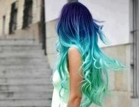 If I ever have the chance, I would like to dye my hair like this.