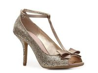 pretty sure these are the shoes Ang Vitkus wore on her wedding. really really like them!