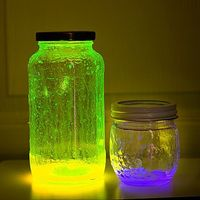 13 Days Of Halloween: DIY Glow Stick Lantern: Design House Digital