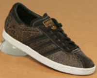 Adidas Tobacco Brown Etched Leather Trainers Adidas Tobacco Brown Etched Leather TrainersColourway; Dark Brown Dark Brown Neo WhiteBrown leather upper with laser etched cracked eggshell look pattern. Trademark adidas 3 stripes and trim in br http://www.co...