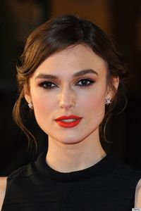 Keira Knightley - Love this eye liner! Plus the red lip really makes this look pop.