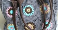 Granny Square Crochet Bag - No pattern but beautiful inspiration