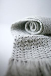 (via Coloursknits: A little bit of sewing and a little bit of knitting)