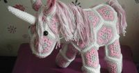 Crochet unicorn made out of African Flowers by HandmadebyFieke, �'�40.00