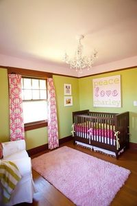 love the colors of pink/green - and those curtains!