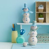 Twine Snowman Craft (you can also do an easier version with styrofoam balls and cover with one or two layers of twine (glue twine to balls)).
