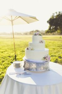 Taking place at the California wedding location, Firestone Crossroads Estate, this wedding is pure rustic chic! With lovely elegant wedding details and a sunset