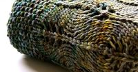 I like this blanket - might try it in a thicker yarn.