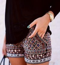 Super chic short pants