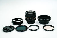 Carl Zeiss Planar T* 50 mm f/ 1.4 Prime Lens C/Y Mount, with 3 filters and Zeiss leather pouch. Optional Contax-Sony Adapter. Free Shipping! $425.00