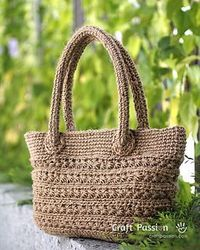 Crochet star stitch tote. Free pattern.
