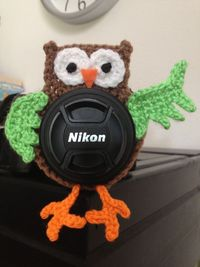 PATTERN Owl lens buddy - crochet. $3.00, via Etsy.