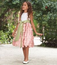 This is such a cute little dress...perfect for Easter!