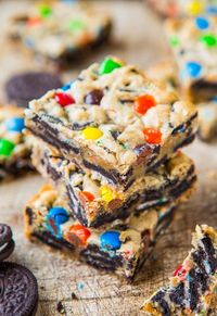 Loaded M&M Oreo Cookie Bars #cookie #oreo #mm
