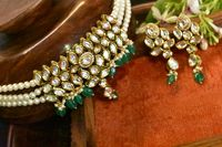 A real kundan choker with earrings earing $125.00