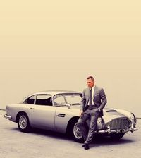 daniel craig, skyfall and james bond.