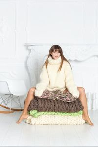 10 strands Mohair Sweater, Chunky Knit Cream Turtleneck Pullover T582 �'�291.90