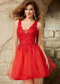 Short Low V Neck Beaded Lace Embroidered Red Tulle Cocktail Dress