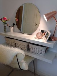 DIY VANITY MIRROR - A lighted vanity mirror table is on every girl's shopping list. It is usually seen on style television shows where a make-up artist deal