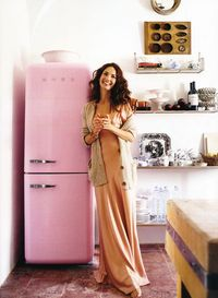 I need a kitchen full of pink Smeg appliances