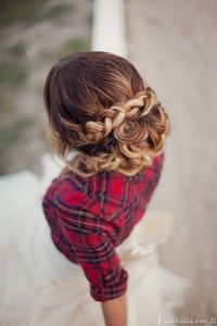 braid+plaid - I wish I had enough hair to do this.