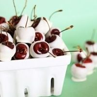 Cherries soaked overnight in Amaretto, then dipped in white chocolate. Heaven. Totally making these for Christmas eve.