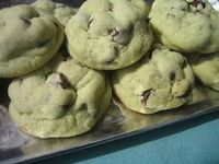 pistachio chocolate chip cookies. Looks a lot like my moms recipe :)