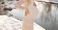 Winter Maternity Session in Snow