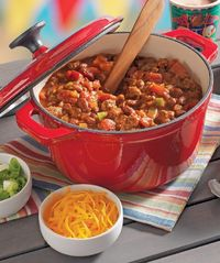 RO*TEL 30-Minute Chili...Chunky chili recipe made quickly with ground meat, beans and two kinds of tomatoes for lots of flavor