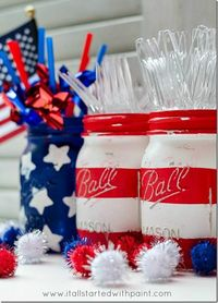 Paint a festive American flag motif on mason jars to keep track of silverware for a 4th of July party! We love this cool paint project on It All Started With Paint. ||
