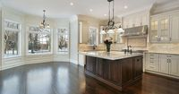 kitchen-cabinets-traditional-two-tone-212-s41064235x2-antique-white-wood-island-luxury.jpg 800�—533 pixels