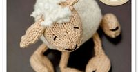 knitted lamb! makes me want to start knitting again!