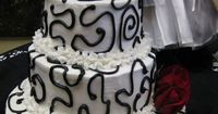 Black and White Wedding Cake - Red Roses