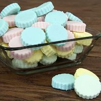 These little gems make a big impact with very little effort. Perfect for baby showers, wedding showers, Valentine's Day, birthdays, or any gathering where fun and a little bit of a sweet tooth are present!