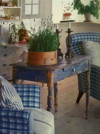 Lovely vintage style-ideal for a vintage conservatory or garden room